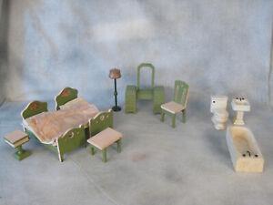 Vintage Strombecker or Jaymar Wood Doll house furniture Bedroom Bathroom lamp
