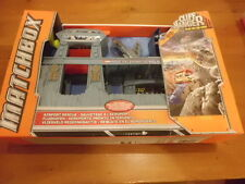 Matchbox AIRPORT RESCUE | Cliffhanger - Play on the edge | Brand new,box damaged