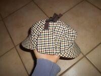 Ancien Chapeau Ancienne Casquette genre Sherlock Holmes Titi Parisien tricolore