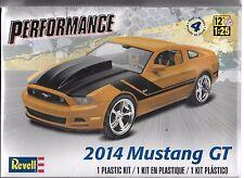 1/25 Revell  4379  - 2014 Ford Mustang GT  Plastic Model kit