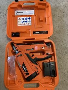 Paslode IM350 Nail Gun  With 1 Battery And Charger