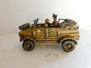 54mm WW2 German Africa Corps Kubelwagon in desert, with soldiers