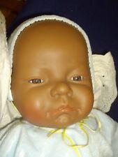 niedlicher Schokokrümel - Puppe dunkel  Antonio Juan ca 52 cm