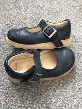 Clarks girls Childs Kids shoes Blue colour size 7.5 G