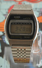 Vintage Mens Casio Casiotron 81CS-36 Digital Alarm Chronograph Watch New Batt.