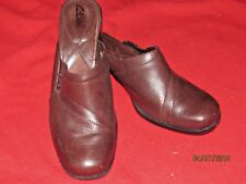 Clarks Brown Leather Mules Slides Shoes Stacked Heel Women Size 8.5M