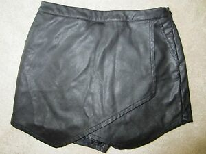 WOMENS ABERCROMBIE & FITCH A&F BLACK FAUX LEATHER SKORT SKIRT SHORTS SIZE 00 NWT