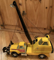 Vintage Nylint Road Builders Construction Crane Truck Pressed Steel RARE 1970's