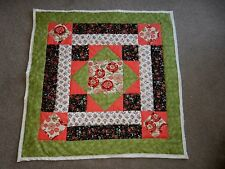 """MEDALLION QUILT WALL HANGING RUST CORAL GREEN HOME MADE USA 35"""" x 35"""" square"""
