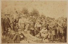 Un grand groupe d'hommes avec une seule femme à poêle Vintage albumine ca 1885