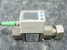 "SMC Digital Water Flow Switch PF3W720-F04-E-M 2-16 l/mn 1/2"" F Ports PF3W720"