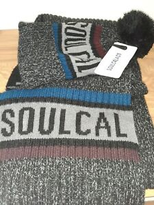 BNWT SOUL CAL & CO MENS BOBBLE HAT AND LONG SCARF SET.