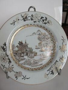 assiette porcelaine compagnie des indes.chinèse.18 ém:paysage.personnage.gris/or