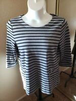 Women's Croft & Barrow Size XL Gray & Black Striped 3/4 Sleeve Top