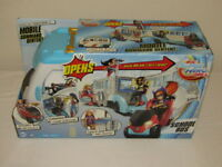 DC Super Hero Girls School Bus Mobil command Center Vehicle New