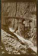 Suisse, Pont du Diable sur la route de Saint Gothard, ca. 1900 vintage citrate p