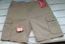 UNIONBAY Men's 42 Grain Beige Stretch Cargo Shorts + Military Belt Buckle NWT'S