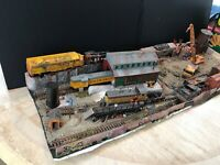 BURLINGTON NORTHERN DIESEL SALVAGE YARD***.... LARGE DIORAMA BUILT BY SELLER HO
