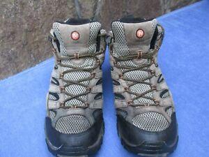 MERRELL BEIGE/BLACK WALKING BOOTS SIZE UK 13