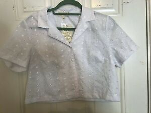 UO Urban Renewal Floral Embroidered Cropped Shirt Blouse White M New BNWT £36