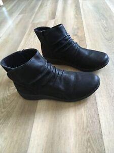 Clarks Black Boots Size Uk 4 EU 37