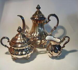 Gebr. Deyhle: große Kaffeekanne, Milch und Zucker - Porzellan und Fein- Silber