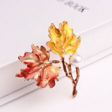 Color Painted Maple Leaves Pearl Decoration Gold Brooches Pins Women JewelryMFS