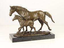 9937348-dss Bronze Skulptur Figur Pferd Stute mit Fohlen 24x33cm