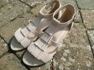 "NEW Suede CLARKS sandals size 5 D * 1.5"" cork wedge heel womens frill shoe"