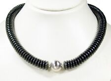 Necklace in Hematite in button shape with One Matte metallkugel silver-coloured