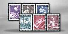 Echte Briefmarken (1950-1959) mit Medizin österreichische