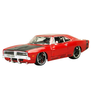 Maisto Design 1:24 1969 DODGE CHARGER R/T Diecast Model Racing Car NEW IN BOX