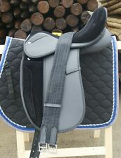 "SELLE DRESSAGE SYNTHETIQUE EQUITATION CHEVAL 17.5""  - NOIR EQUIPEE SESYDR1"