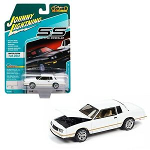 JOHNNY LIGHTNING CLASSIC GOLD - WHITE 1987 CHEVY MONTE CARLO SS