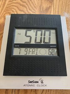 """SkyScan Atomic Clock 9""""x10"""" Model 86715 - Time - Date - Moon Phase - Temp"""