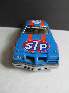 Richard Petty #43 Franklin Mint Nascar 1/24 Scale Race Car