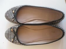 BLACK CHECK BALLERINAS SIZE 7 USED
