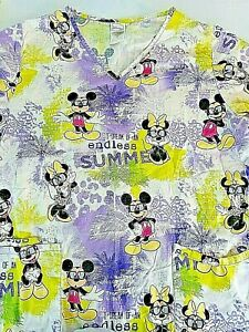 Disney Mickey Mouse & Minnie  Women's Scrubs Medium  All Over Vacation Print