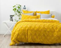 Park Avenue Medallion cotton Vintage washed Tufted Quilt Cover Set Misted Yellow