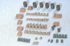 Wespe 72029.2 1/72 Resin WWII Accessories-Jerry Cans, Barrels, Crates, Baggages