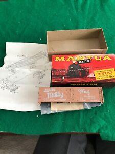 HO Scale Mantua box Car Kit NOS Condition (425sj)