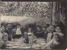 France Famille autour de la table Photographie Amateur SnapshotPL10L3-56