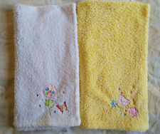 2 x baby blankets, yellow and white, soft, fluffy, good condition