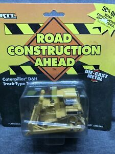 Ertl Construction Caterpillar D6H Track-Type Tractor 1:64 Diecast 1995 NEW L1