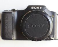 Sony Cyber-shot DSC-H20 10.1 MP Digital Camera Point & Shoot Battery Included