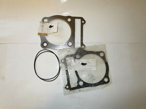 SUZUKI SP370/400  GN400T CYLINDER HEAD & BASE GASKETS 11141-37101    11241-37100