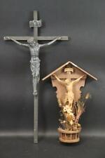 2x Kruzifix Hauskreuz Metall Holz geschnitzt (CF634)