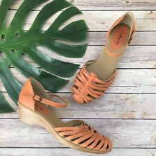 SoftSpots Mary Jane Shoes Size 10 Orange Leather Woven Low Heel Comfort