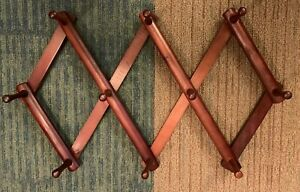 VIntage 10 Peg Wooden Accordian Expandable Wall Rack Hook Hanger