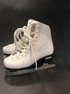 Girls Ice Skates, Bladerunner, Size 1, White, Nice!